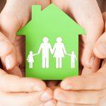 Mani casa famiglia verde