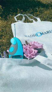 Borsa in tela e radiolina di Radio Maria5