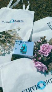 Borsa in tela e radiolina di Radio Maria6